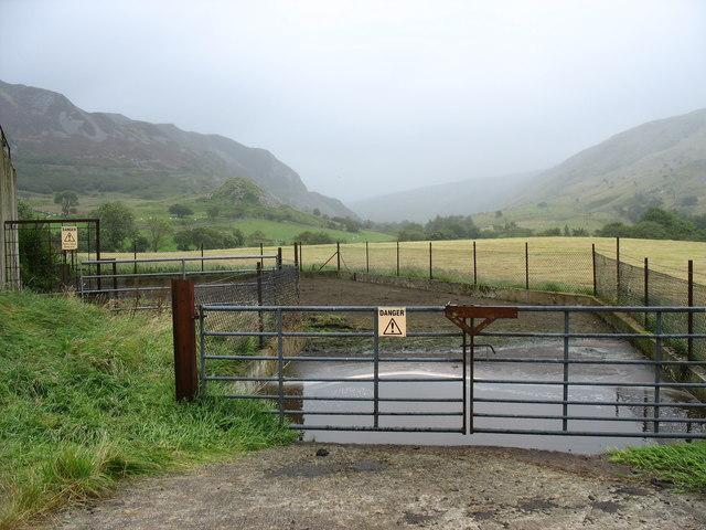 The Bryn-celynog slurry pit at Maes-imper