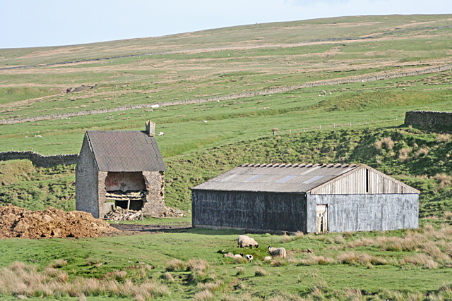 Farm buildings near Wolfcleugh