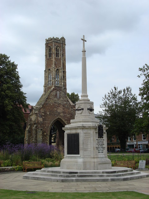 War Memorial and Greyfriars Tower