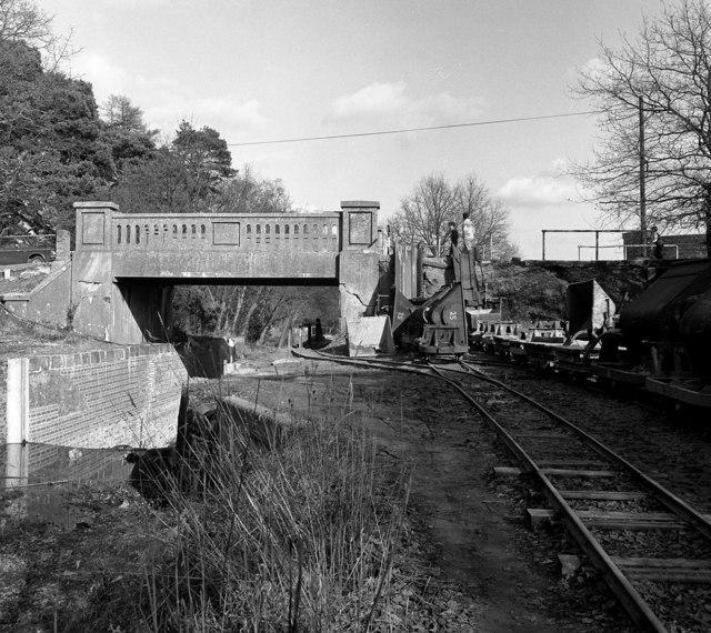 Curzon Bridge and Lock No 25, Basingstoke Canal