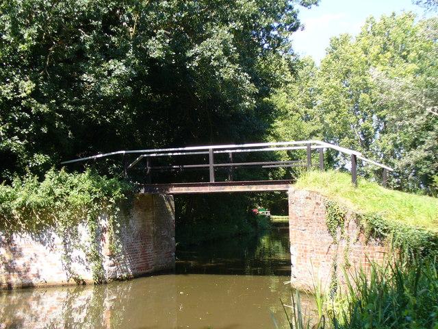 Wey Navigation Bridge