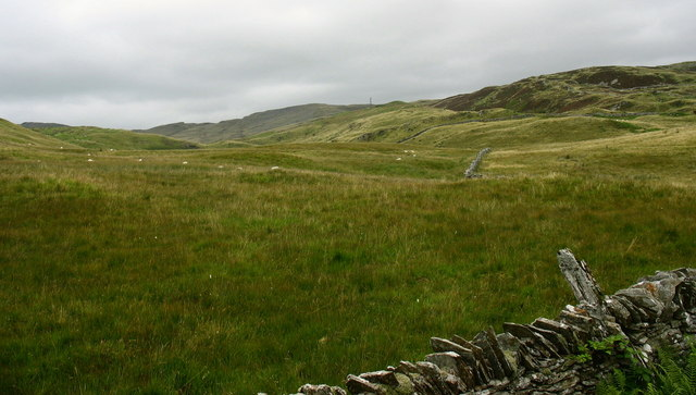 Valley leading up to Llyn Hiraethlyn
