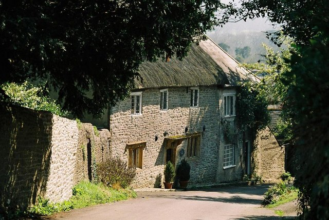 Idyllic cottage in Melbury Osmond