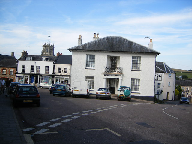 The Colcombe Castle (public house), Colyton