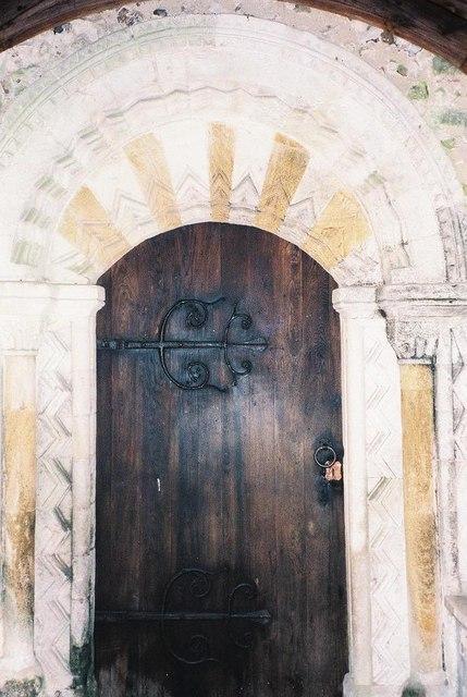 Milborne St. Andrew church: 12th-century doorway