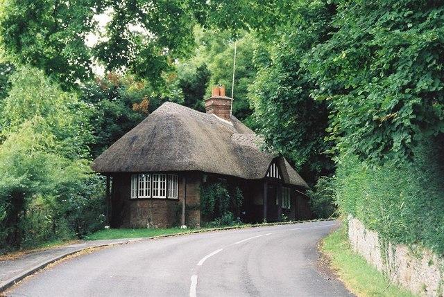 Milton Abbas: thatched lodge