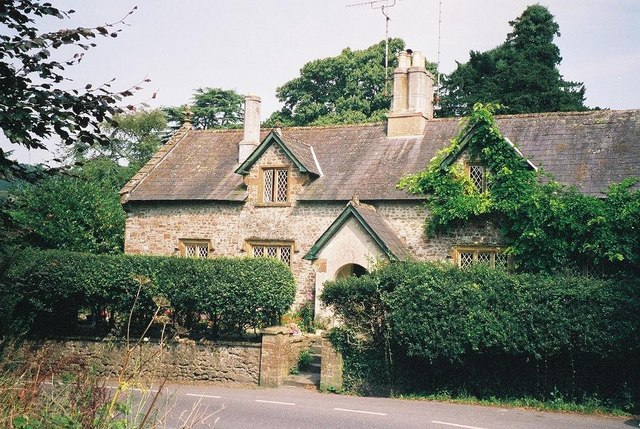 Minterne Magna: cottages