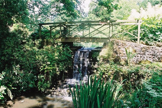 Minterne Gardens: waterfall and footbridge