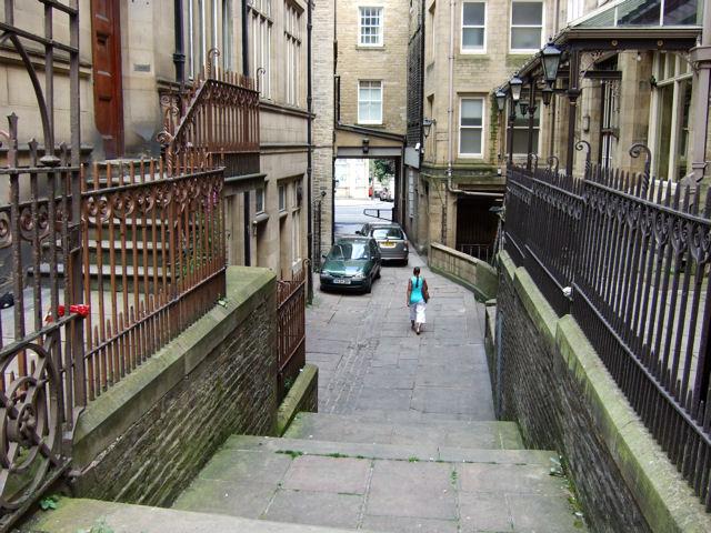 Station Road to John William Street passageway.