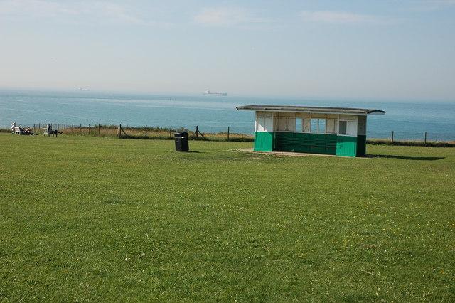 Seaside shelter above Botany Bay