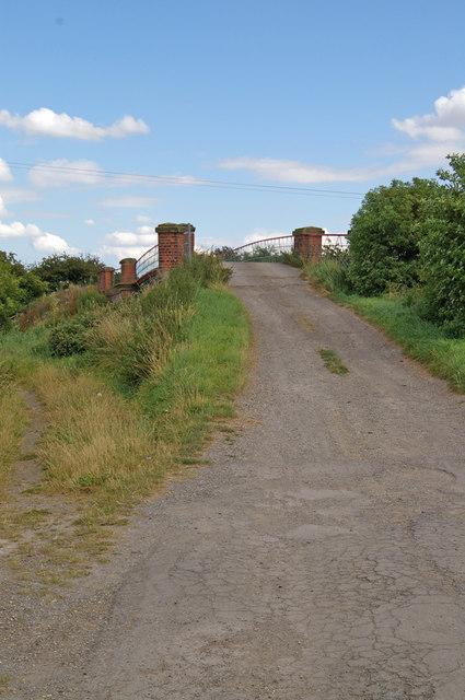 Approach to Hibaldstow Bridge