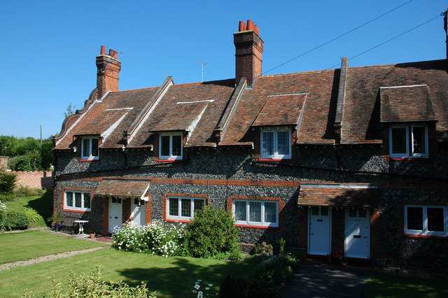 Cottages on Reading Street