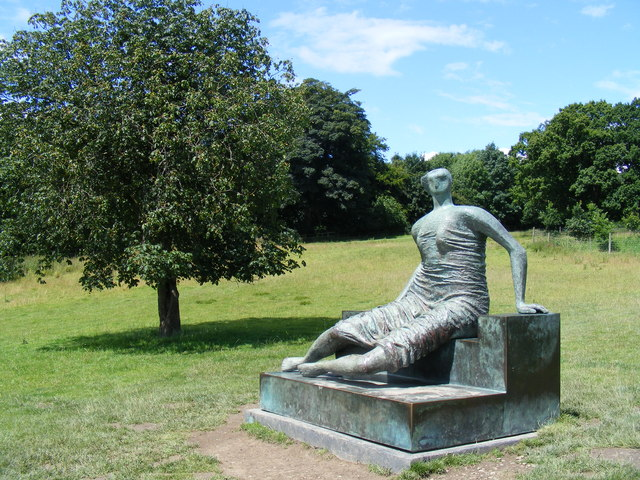 Reclining Figure at Yorkshire Sculpture Park