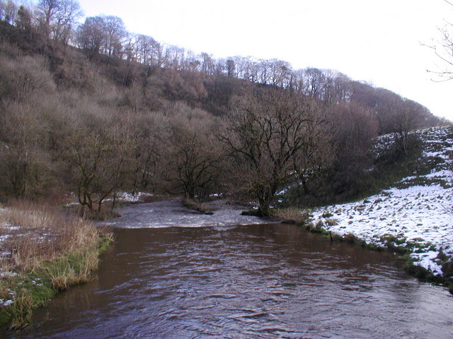 River Wye looking downstream towards Miller's Dale