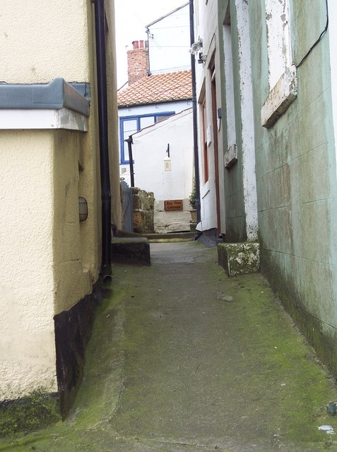 Lanes and alley in Staithes