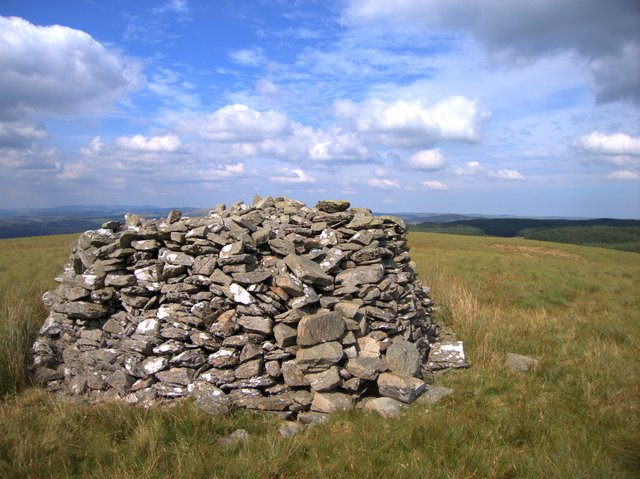 Summit cairn of Garn Gron