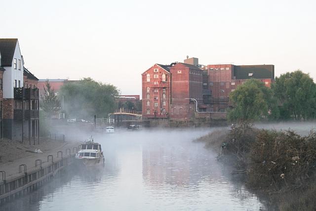 Mist on the Avon, Tewkesbury