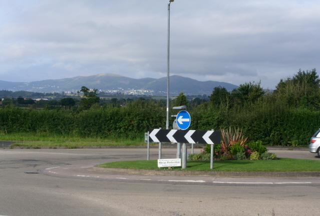 Broomhall roundabout