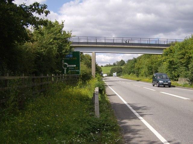 Footbridge over A31