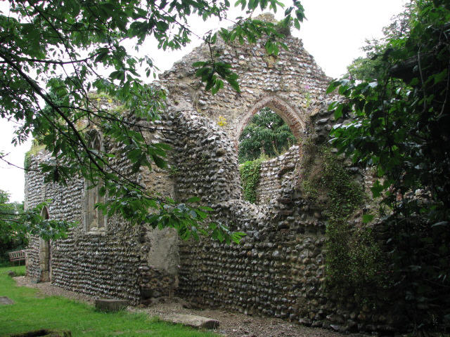 Mannington Hall - the ruined St Mary's chapel
