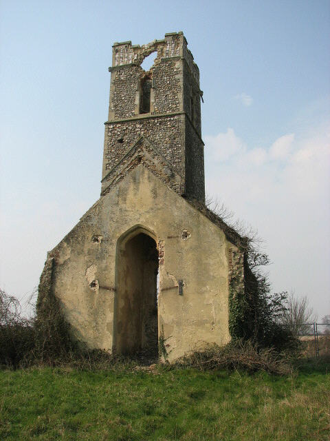 The ruin of All Saints church, Panxworth