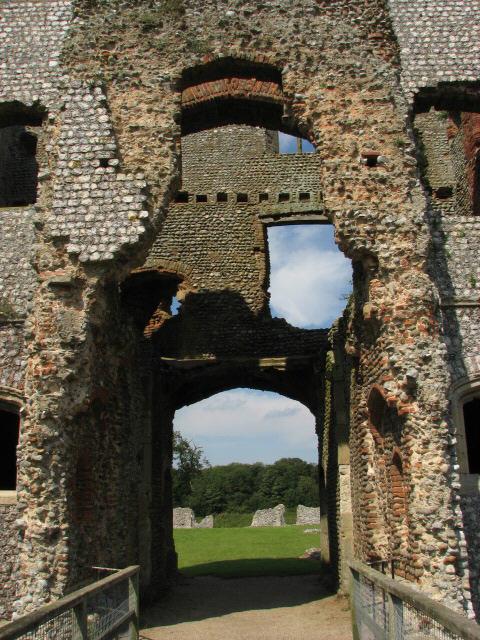 Castle ruins, Baconsthorpe