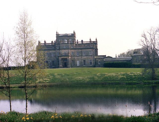 Kinmount House