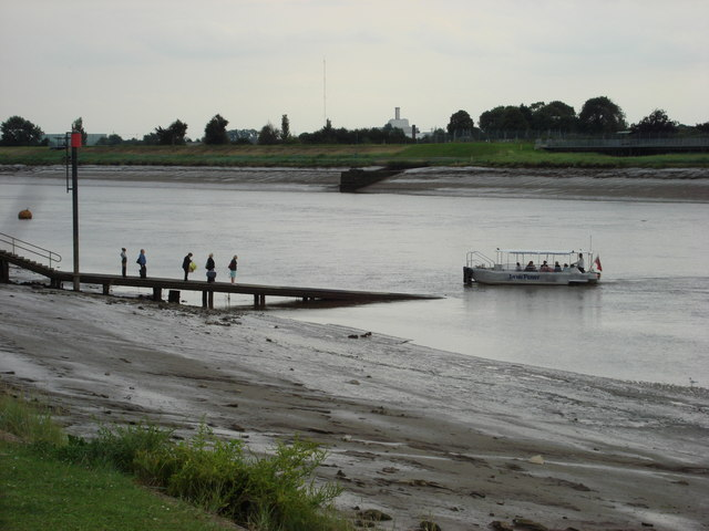 Foot Ferry between Kings Lynn and West Lynn