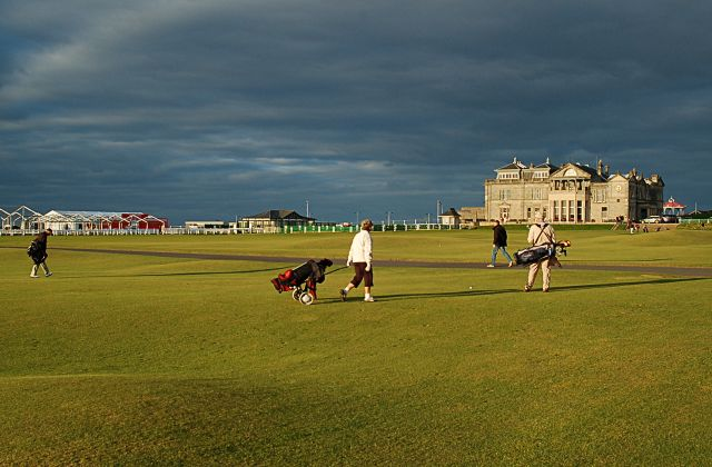 Stragglers on the 18th