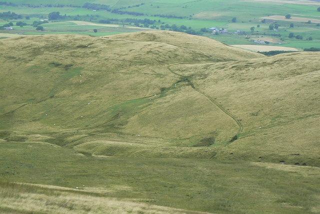 Track descending High Knott to Little Swinside