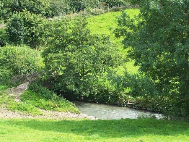 Stream near Littlehempston