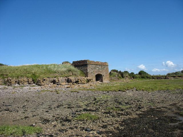 Odyn Galch - Lime Kiln on the Braint Estuary