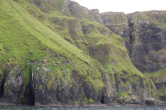 Sea cliffs at Sloc a' Ghallubhaich