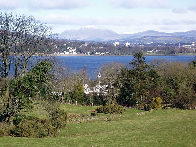 Dumbarton and Ben Lomond from East Langbank