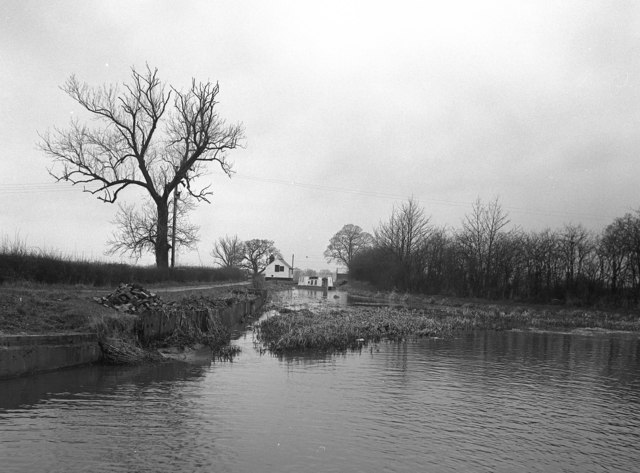 Frankton Junction, Llangollen Canal
