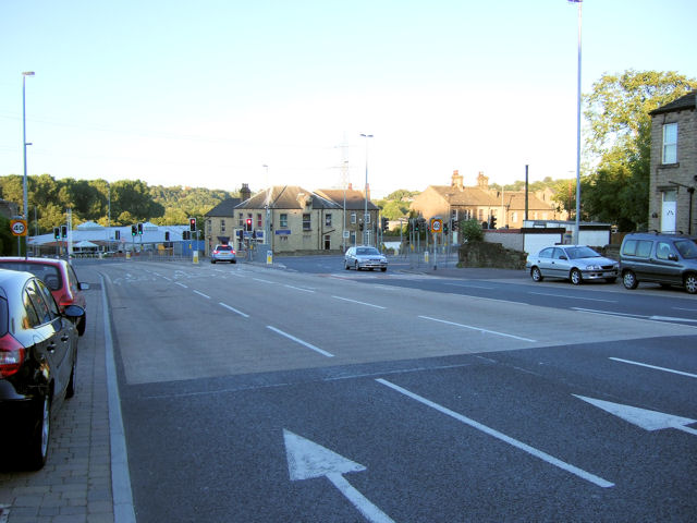 Bradley Road / Leeds Road road junction