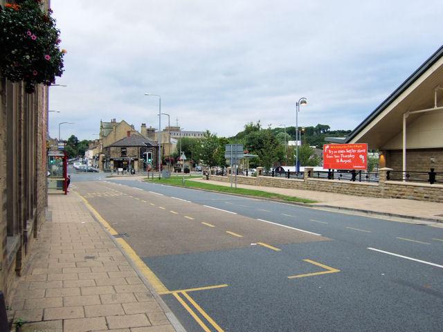 Brighouse - Huddersfield Road / Bradford Road junction
