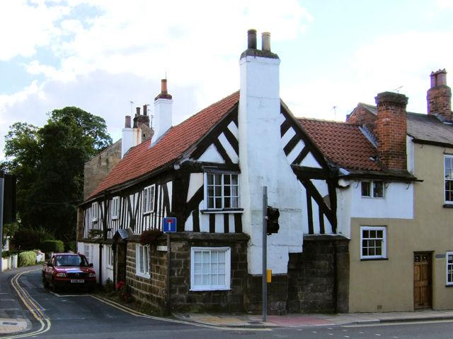Knaresborough - St John's House, Church Lane