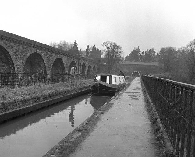 Crossing Chirk Aqueduct, Llangollen Canal