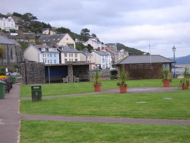 Aberdyfi sea front park