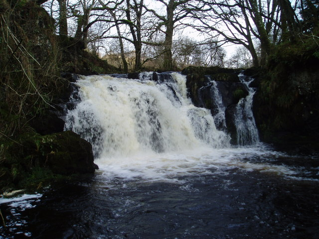 Holy Linn, Garple Burn.