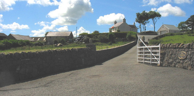 The entrance to Tyddyn Farm
