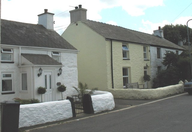 Traditional cottages at Rhoscefnhir