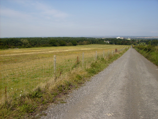 Access track to the Wolds Way Caravan Park