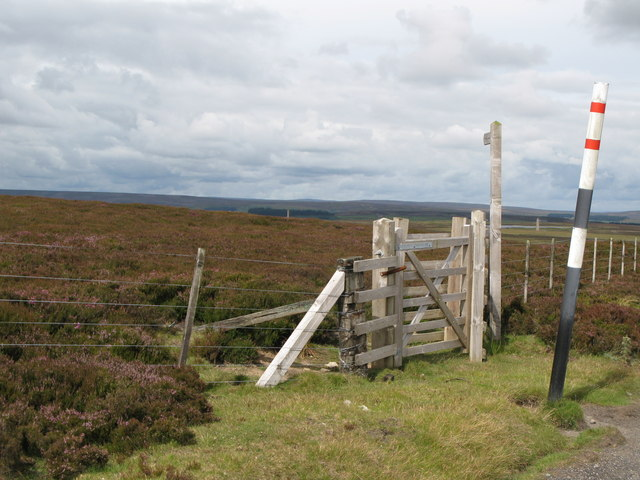 Footpath to Sikehead