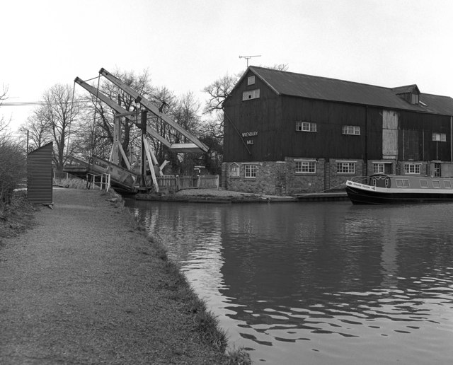 Wrenbury Lift Bridge No 20 and mill