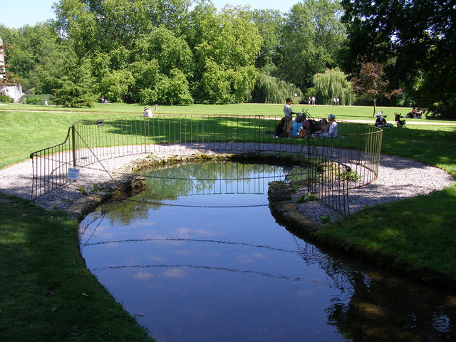 The spring at Mottisfont Abbey
