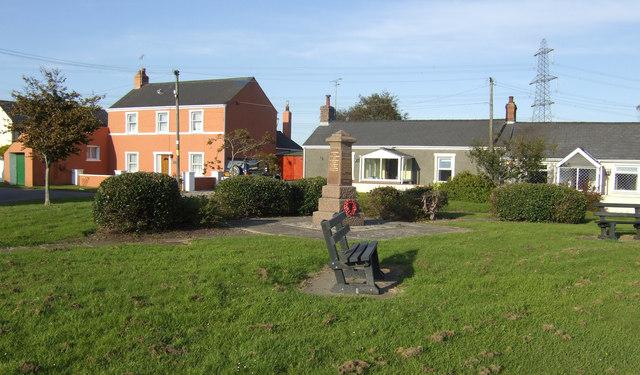Hundleton village green