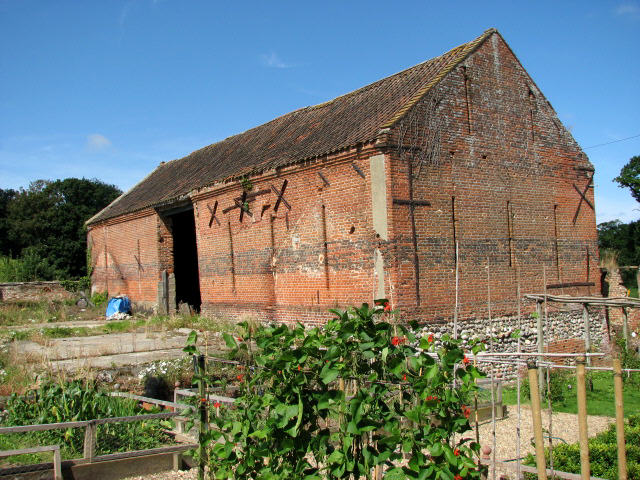 Big barn at Alby Hill Farm