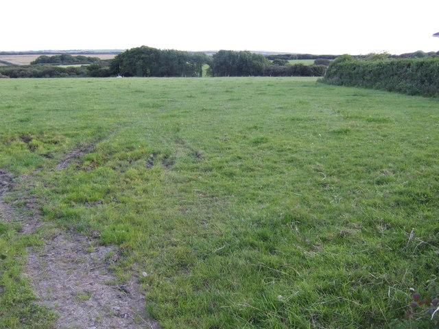 Grazing land near Keeston Hill